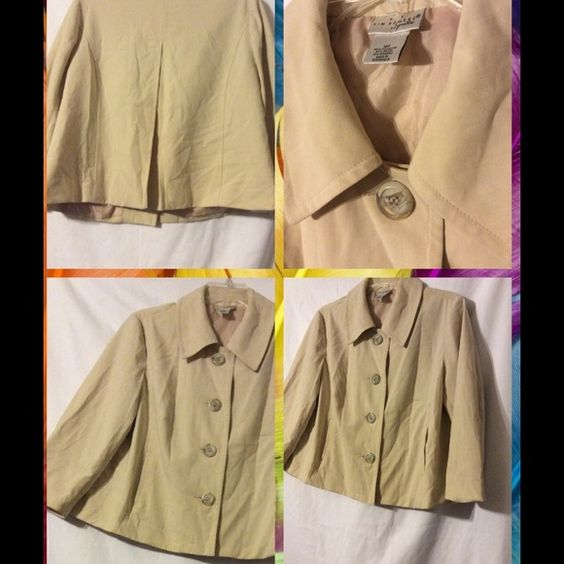 Kim Rogers Jacket Beige jacket with 4 large buttons and pockets in front.  Short sleeves. Kim Rogers Jackets & Coats Blazers