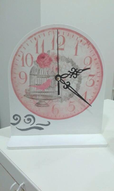 Table clock handmade by MjehuricOo on Etsy