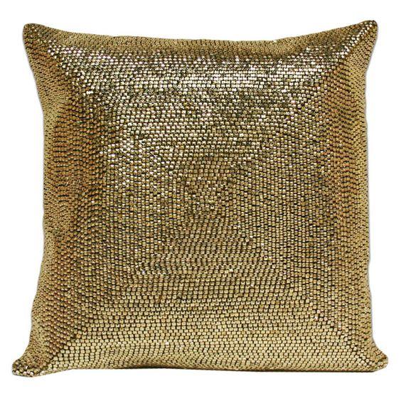 Zoila Pillow