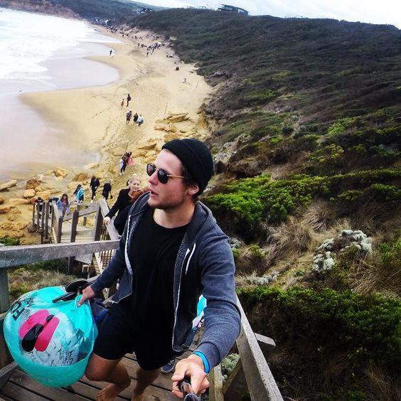 Rip curl pro's beach#roadtrip#surf#ripcurlpro#bellsbeach#torquay#melbourne#australia by morganbzges http://ift.tt/1KnoFsa