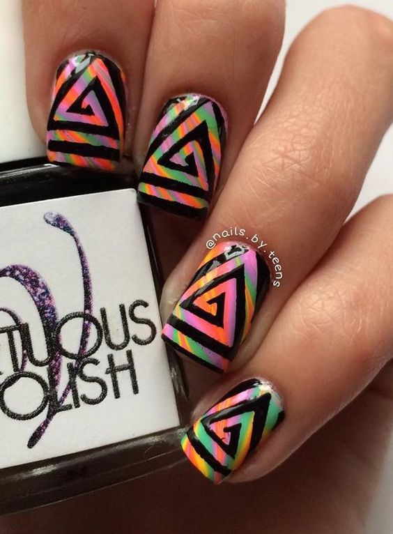 If you don't like zebra stripes, you can try many different stripes, lines or any pattern you like. For instance, a black triangular pattern works well on a rainbow base.