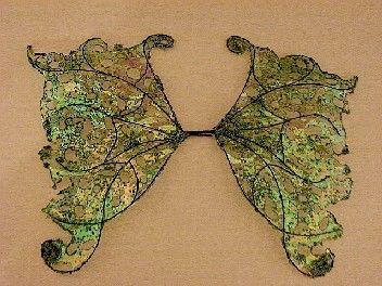 OOAK Fairy Wings-iridescente-Apple e chiave calce-bambole, orsi-(fatte su ordinazione) di chloe6788 su Etsy https://www.etsy.com/it/listing/53952805/ooak-fairy-wings-iridescente-apple-e