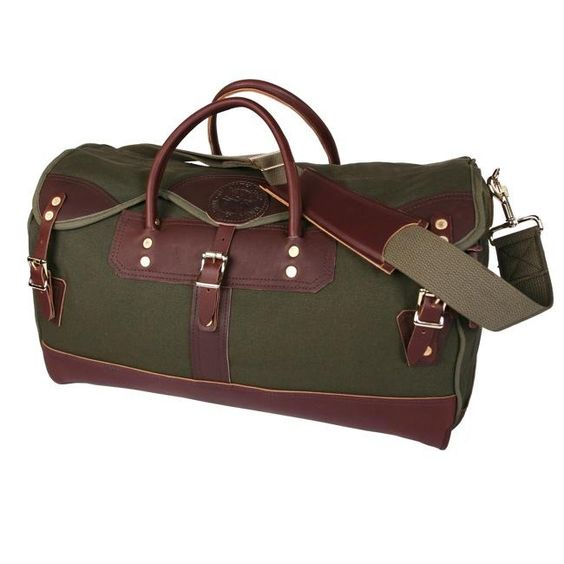 Husbands like fancy luggage. Duluth Pack Large Sportman's Duffle