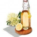 Holunderblüten-Sirup -  Holunderblüten unbedingt in Flaschen einfangen