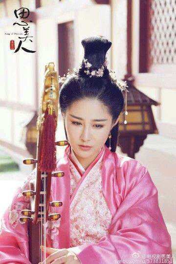Hanfu from Song Of Phoenix 《思美人》 - Ma Ke, Qiao Zhen Yu, Vivian Zhang Xinyu. Yiyang Qianxi, Lin Yun, Lan Xi