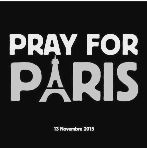 CosmicFox  — sentindoparasempre:   #Paris #prayforparis