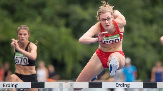 Hürdensprint der Frauen bei der Leichtathletik Bayerische Meisterschaften 2016 in Erding