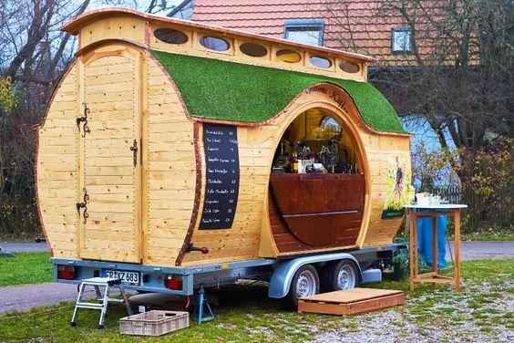 Hobbit-Wagen-als-Cafe