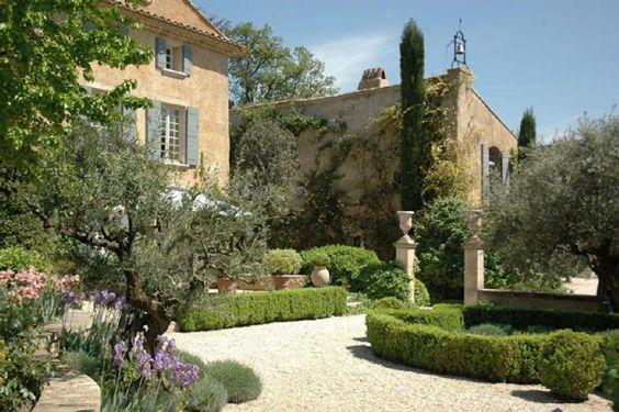 Prestige Property SAUMANE DE VAUCLUSE, 540 m², 7 Bedrooms, btw € 11 and 15…