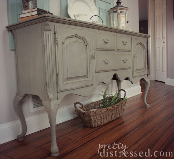 annie sloan chalk paint in french linen sealed with annie sloan clear wax and dark wax queen. Black Bedroom Furniture Sets. Home Design Ideas