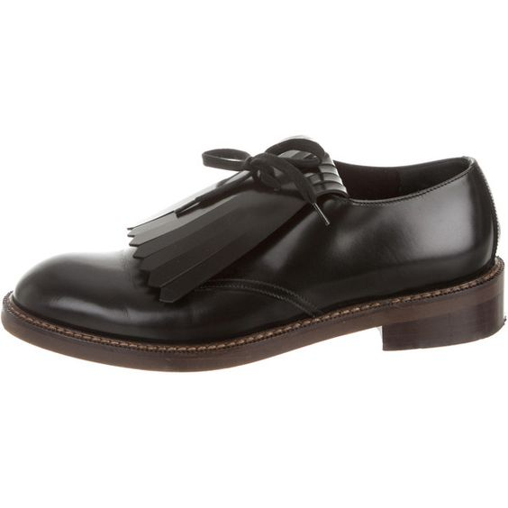Marni Round-Toe Fringe Oxfords ($225) ❤ liked on Polyvore featuring shoes, oxfords, black, kohl shoes, marni shoes, leather oxfords, fringe shoes and black lace up oxfords