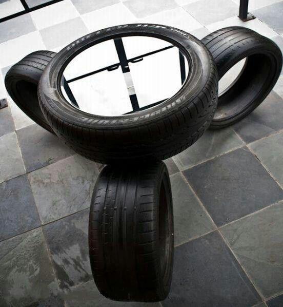 Tires mancave