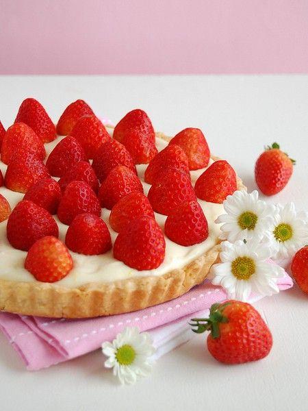raspberries tasty-sweets