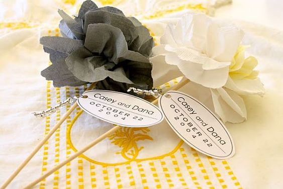 DIY flowers- from paper napkins #wedding