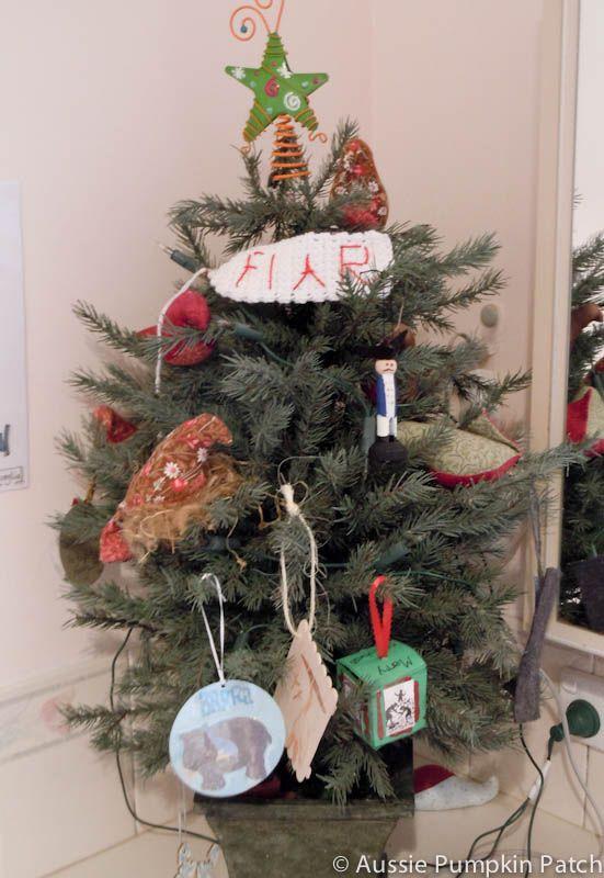 make a Christmas ornament for each FIAR book - LOVE this idea!!