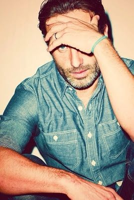 Andrew Lincoln!! The walking dead!