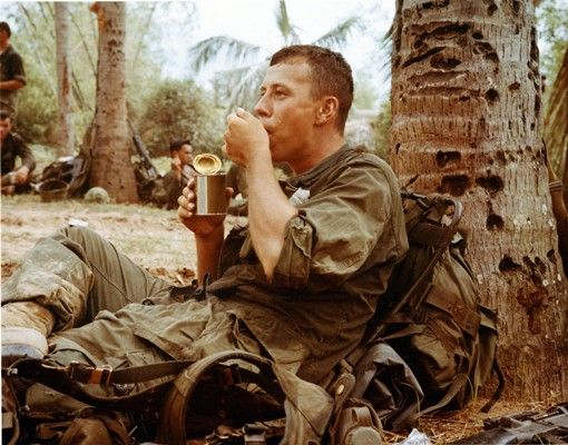 SP4 Gary Ortez, 1st Bn, 12th Regt, 1st Cav Div (Airmobile), eats some chow during a break in the search for the enemy.