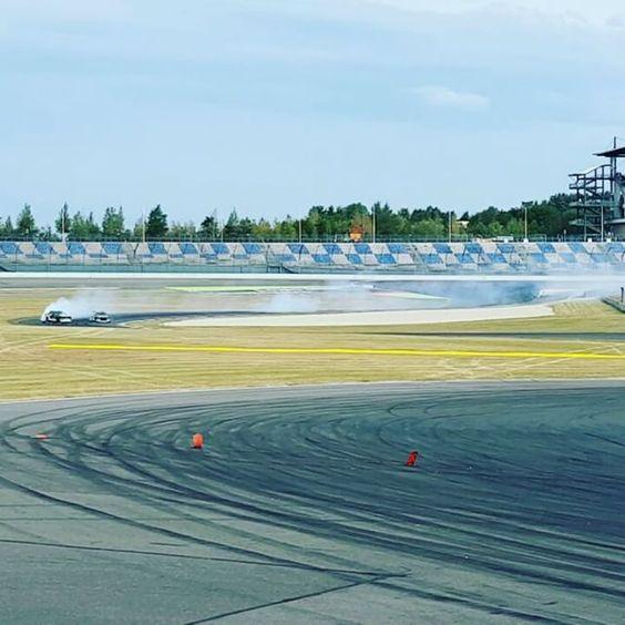 the #redbullairrace #drift #action's last #transition - who can guess what #engine is making the #background #sound ? :) we're #super #excited here with #falkentire #borbet #bilstein #vibrantperformance #btnperformance #linkecu #samsonasmotorsport #mastmotorsports #tdpie #verleihtflügel