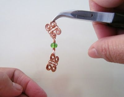 FREE tutorial how to make Celtic Knot Butterfly Connector