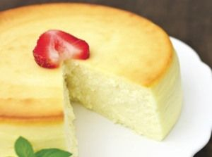 Ingredients:    Vegetable oil spray   24 ounces cream cheese, softened   1 cup extra-fine ricotta cheese (see helpful tip below)   1 1/2 cups bulk sugar substitute (recommended: Splenda)  1/3 cup heavy cream   1 tablespoon pure vanilla extract   1 tablespoon fresh lemon juice   2 large eggs   3 large egg yolks