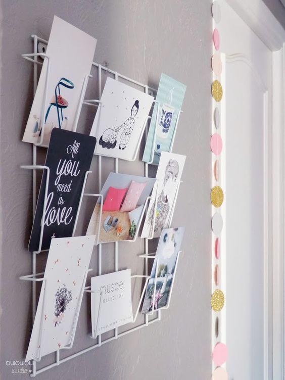 Présentoir cartes postales, photos...