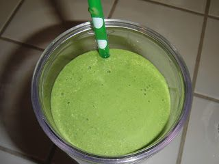 Paleo Mermaid: RECIPE: Pumpkin Coconut and ... Spinach Smoothie -- skip the agave to make primal.