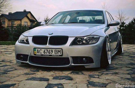 BMW E92 3 series silver slammed