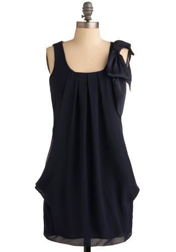 Outdoor Encore Dress, Modcloth: Shoulder bow, pleated gathering at neck. If I lengthened it it could be a dress.