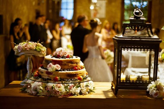 Mini wedding no restaurante: Isabela + Marcelo - Berries and Love