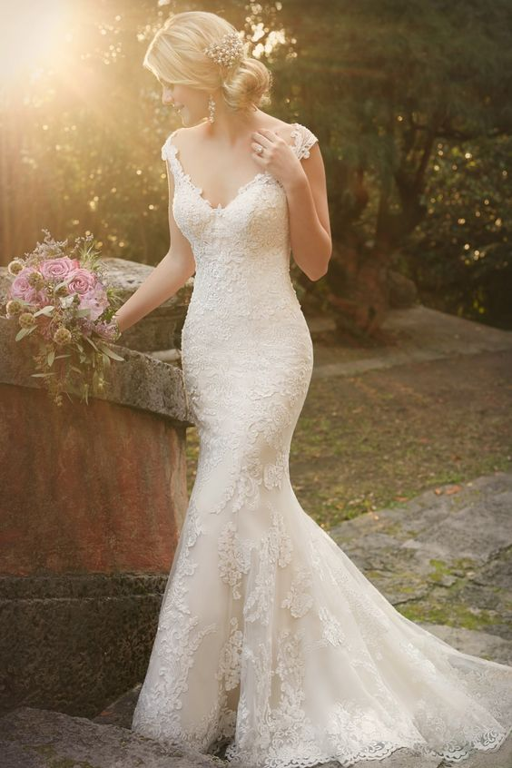 Style D1977 Essense of Australia. 6 fishtail wedding dresses inspired by Michelle Keegan #fishtail
