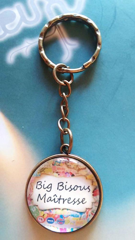 Porte clé avec cabochon en verre 25 mm Big bisous Maitresse : Porte clés par…
