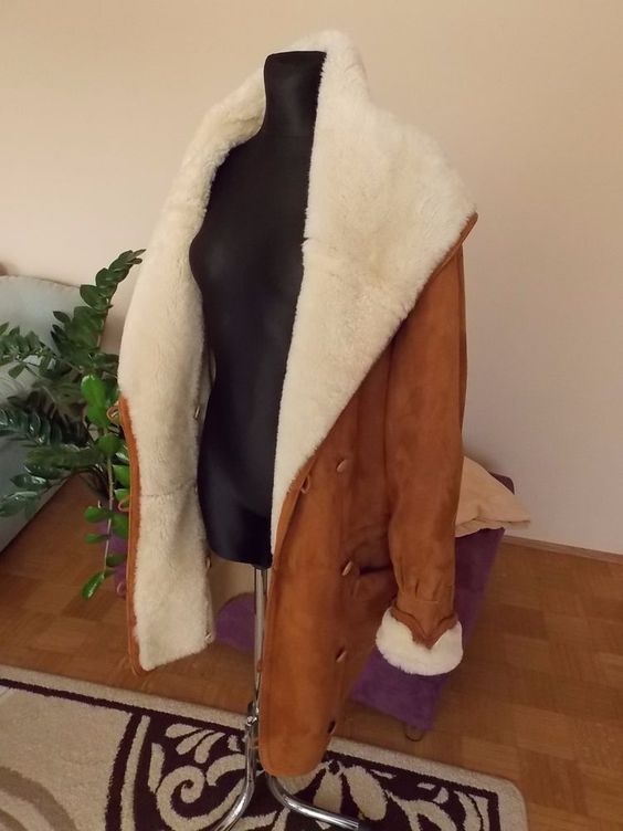 Lammfelljacke Lammfell Mantel mit Kapuze Gr. 40 42 44