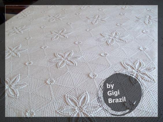 blanket ....CROCHET AND KNIT INSPIRATION: http://pinterest.com/gigibrazil/crochet-and-knitting-lovers/