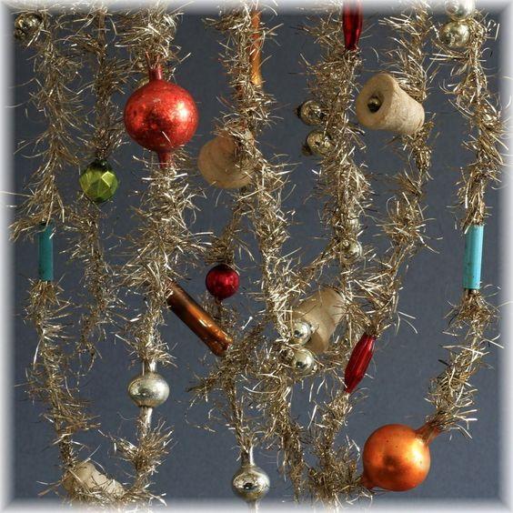 RARITÄT 2x Christbaumkette Gold Tinselkette mit Lauscha Kugeln Watte 1900 TOP in Sammeln & Seltenes, Saisonales & Feste, Weihnachten & Neujahr | eBay
