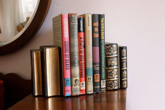 bookends that look like vintage books