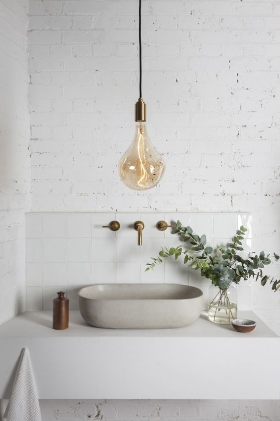 Easy Scandinavian Bathroom