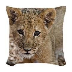 lion cub Woven Throw Pillow> Sweet lion cub> MehrFarbeimLeben