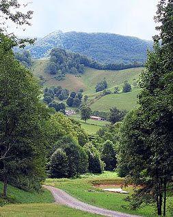 Carolina Mountain Cabin Rentals - Boone North Carolina Lodging - Mountain Cabins
