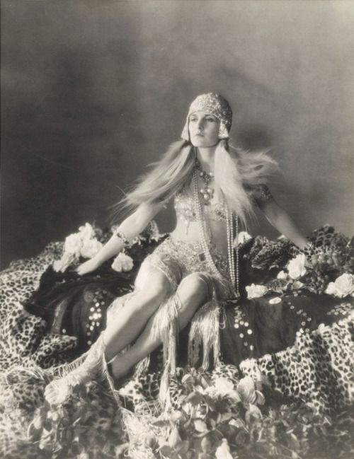 Evelyn Brent, 1927, posing as Cleopatra in a photograph by Otto Dyar for a film that was never made