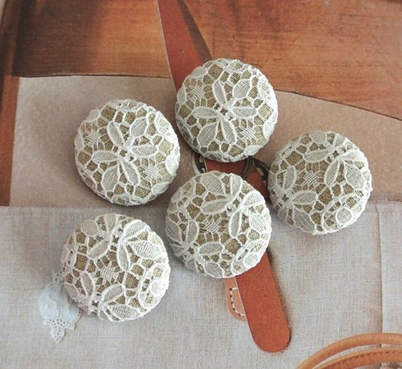 Fabric Buttons Covered Buttons Floral Buttons Flower by RetroNaNa, $5.00