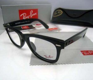 Ray Ban RB5121 WAYFRER Eyeglasses In Black    Frame Size:50-22-150 mm (Eye-Bridge-Temple)  All Colors:Red Mix White/1031 or White/1032 or black,red  Accessories: Original case, come with Ray Ban case,box,Warranty card ,Cleaning cloth,etc
