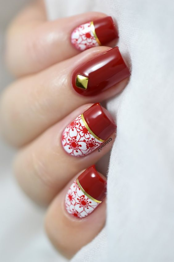 Flowers Chinese New Year nail designs