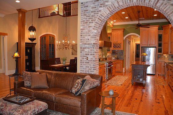 flooring/exposed brick