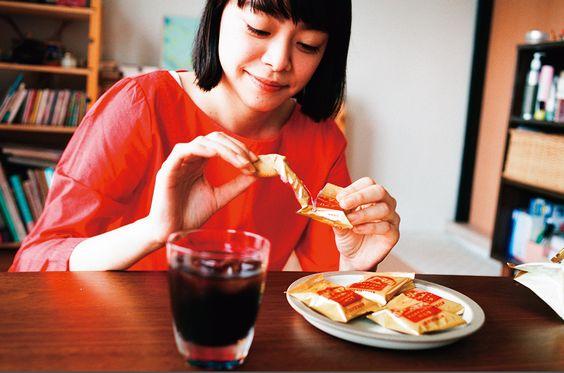 カントリーマアムを食べるkanoco
