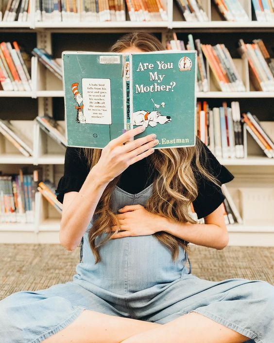 5 Books to Read When Pregnant | Mama and Co.