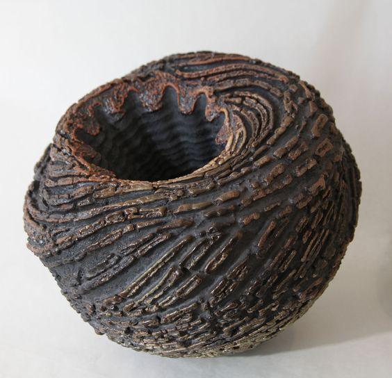 Keramikobjekt von Thiébaut Chagué: