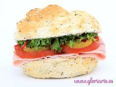 Bocadillo vegetal de pavo, lechuga y tomate