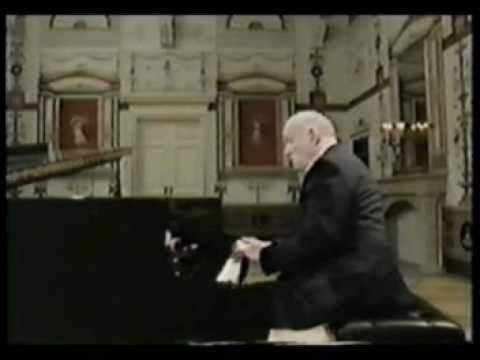 Sviatoslav Richter: Schubert Sonata A major 1st mvt. 1/2