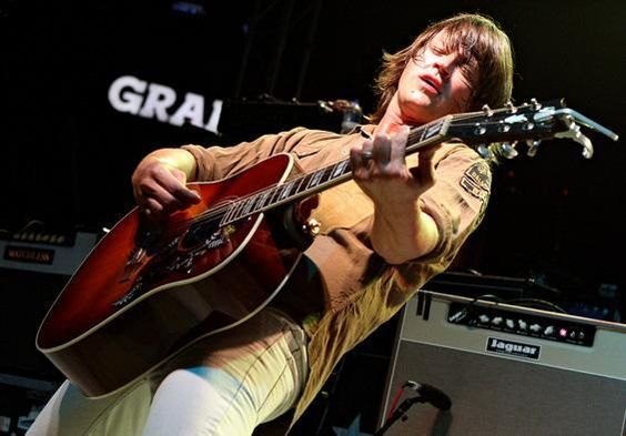 Rhett Miller and the Old97's with his Jaguar Twin.