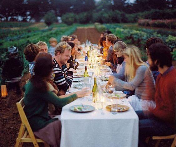 a thousand mason jars: farm fresh: unique rehearsal dinner ideas: Outdoor Dining, Rehearsal Dinner, Outdoor Dinner Parties, Dinner Party, Food Network/Trisha, The Farm, Long Tables, Party Ideas